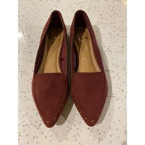 NEW Report flats for women!